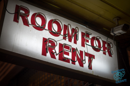 Room for Rent sign in Bangkok
